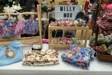 Selling - Business Stall [Milly Moo Stall]