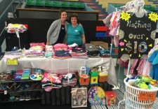 Selling – Stallholder FAQ [Stall with two ladies]